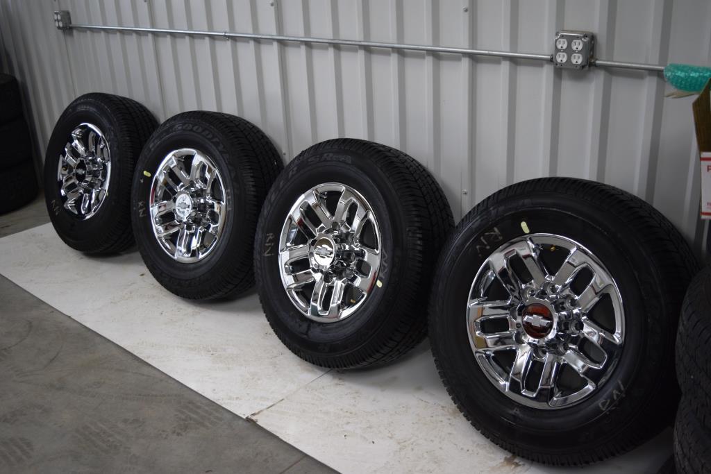 2014 Chevrolet Cruze LTZ Tires  Goodyear Auto Service