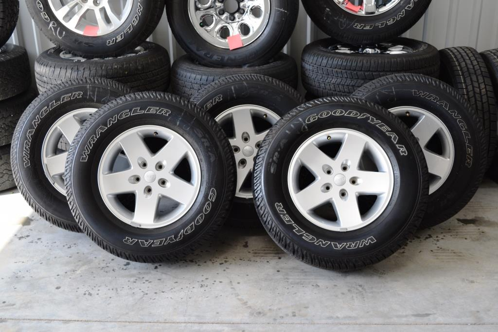 ... Jeep Wrangler Alloy Oem Wheels Tires For Sale ...
