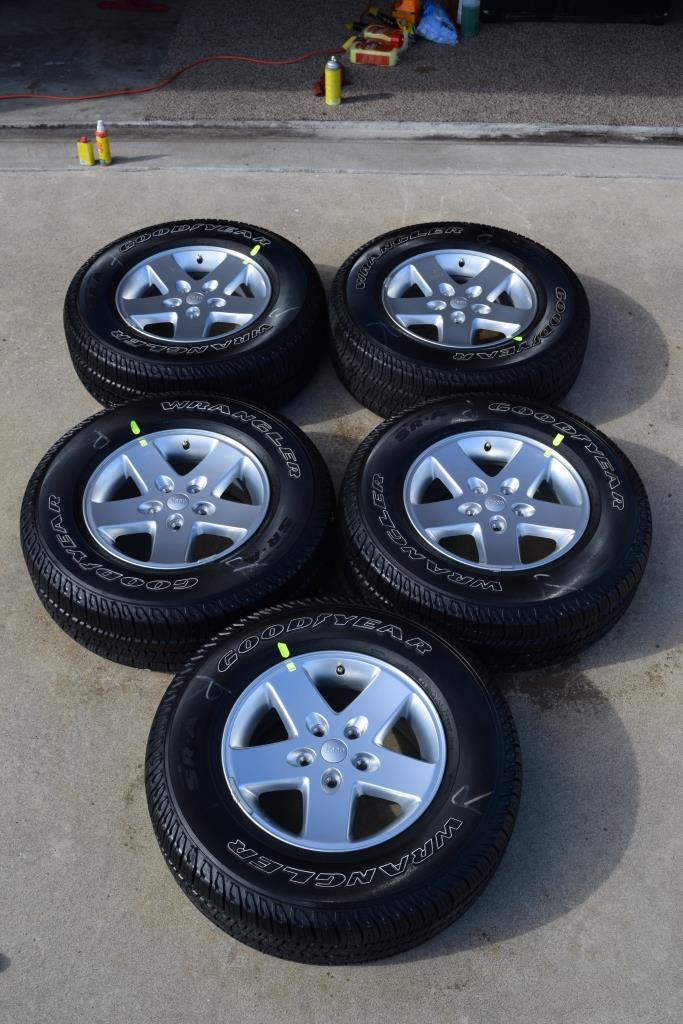Factory Jeep Wheels Genuine Jeep Wheels Rims Tires OEM