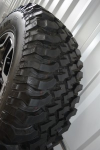 black jeep rubicon factory oem wheels tires