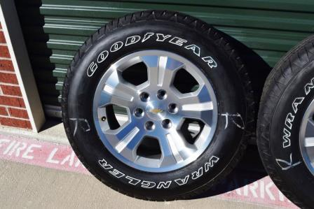 Chevy 18 Inch Solid Spoke Wheels OWL White Letters