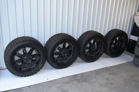 Toyota Tundra Tss 20 Inch Black Wheels Oem Factory