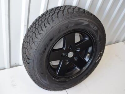 black jeep 17 inch oem wheel